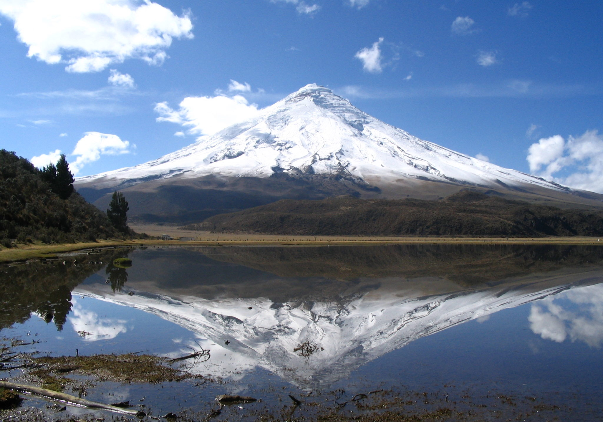 cotopaxi-reflection